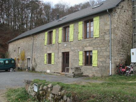 Image of Village house Saint-Setiers ref: 13919B